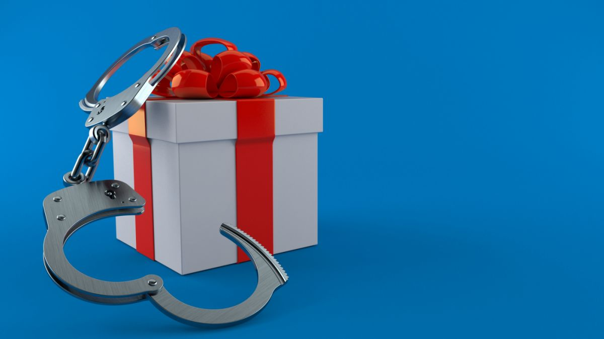 cadeau menottes_Talaj AdobeStock